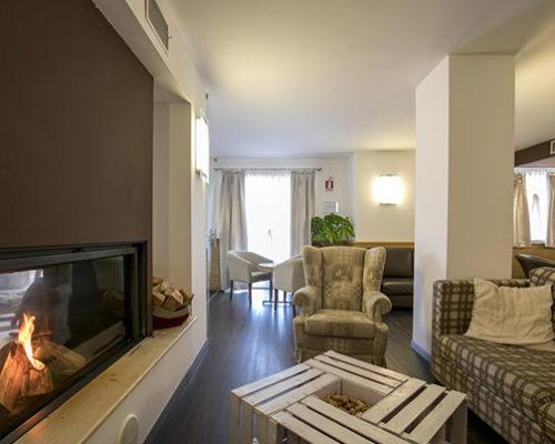Hotel-Luna-Bianca-001