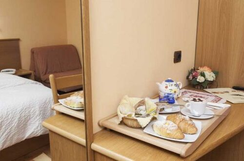 hotel-lanz-livigno-camera-confort-colazione-750x330
