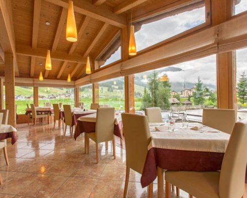hotel-lanz-livigno-ristorante-sala