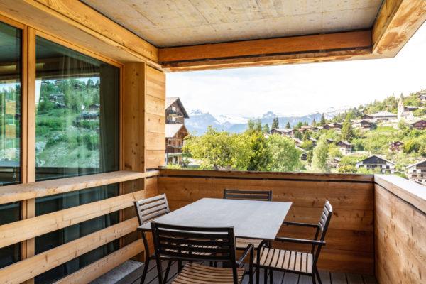 swisspeak--vercorin-balcon