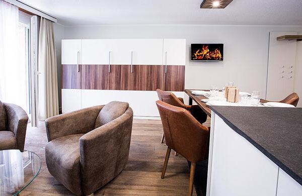 wohnzimmer-ferienwohnung-zermatt-andorra-studio@1x